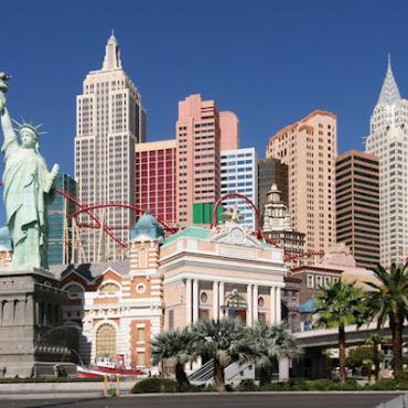 Las_Vegas_NY_NY_Hotel[1].jpg