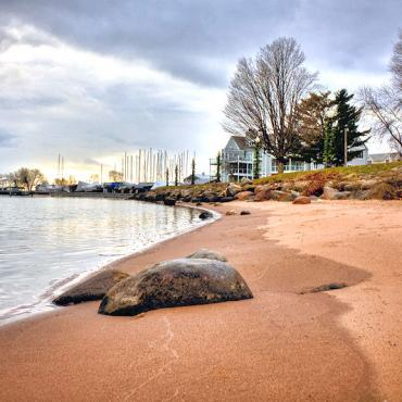 WI Bayfield beach.jpg