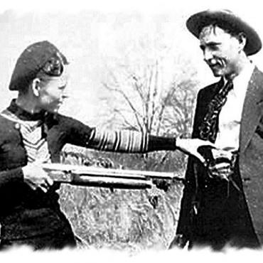 Bonnie & Clyde B&W photo.jpg