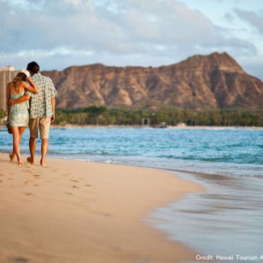 HI Waikiki beach stroll.jpg