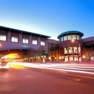 Scottsdale Fashion shop mall.JPG