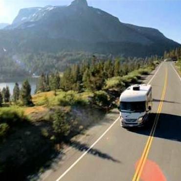 CO-RV-long road[1].jpg