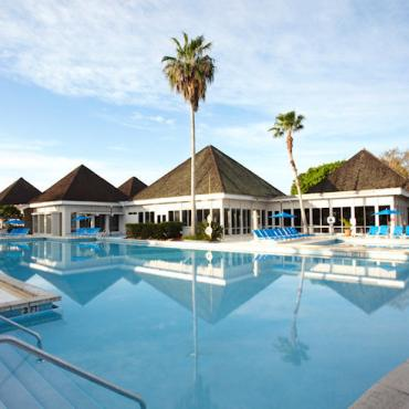 Club Med pool4.jpg