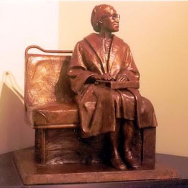 AL Rosa Parks statue.jpg