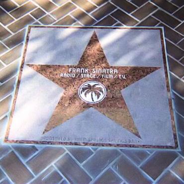 Sinatra star[1].jpg