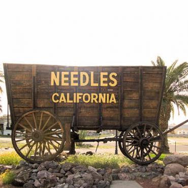 Needles-California[1].jpg