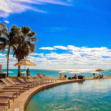 grand lucayan pool[1].jpg