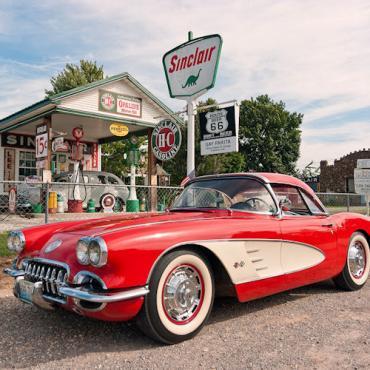 MO Route 66 Auto, Springfield.jpg