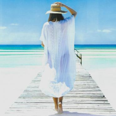 Bahamas lady on boardwalk