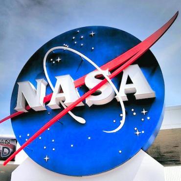 Nasa-Kennedy-Space-Center-Usa-621411[1]