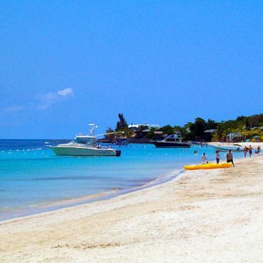 West_Bay_Beach_-Roatan_-Honduras