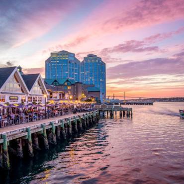 NS Halifax waterfront 2 Credit Tourism Nova Scotia