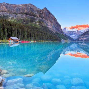 Lake Louise XXL iStock-187139310 web