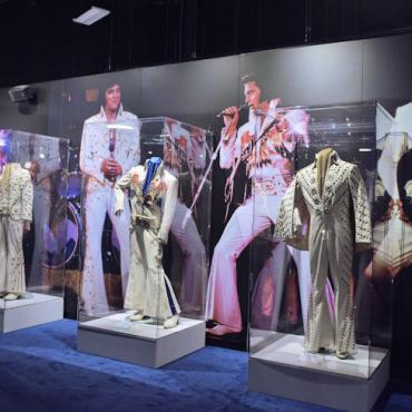 MEM Elvis_The_Entertainer_Career_Museum Costumes