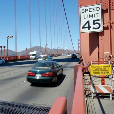 30-31 cars on bridge