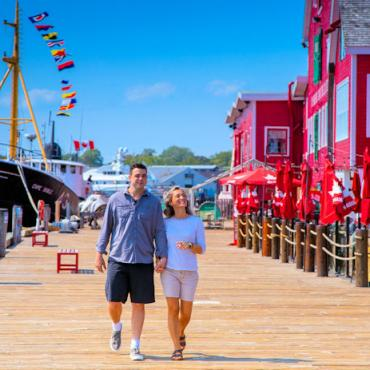 NS Lunenburg waterfront  Credit Tourism Nova Scotia