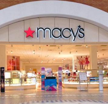 Macy's shop front