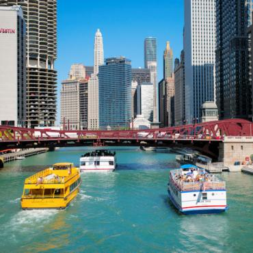 Chicago River and Architecture Cruises