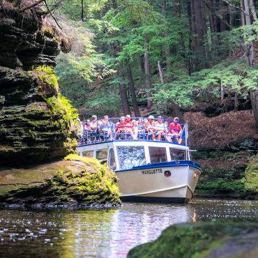Wisconsin Dells boat tour