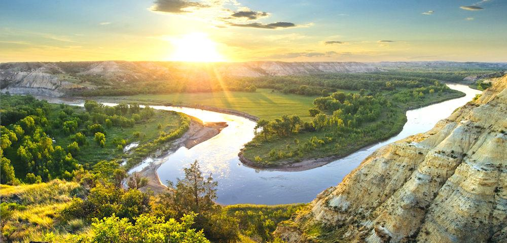 ND Riverbend at sunset Photo Courtesy of NDTourism