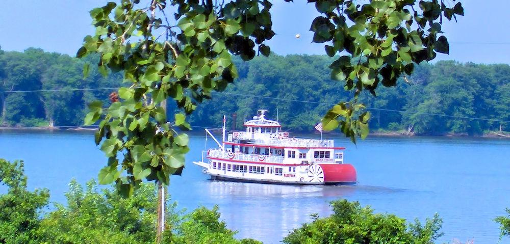 MO Hannibal Riverboat