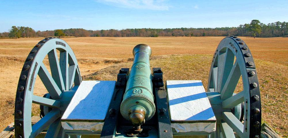 British_Field_Cannon_at_Yorktown VA