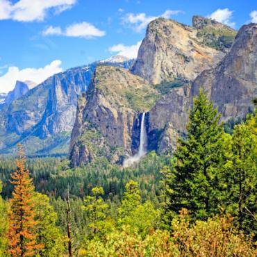 Bridalveil_Falls_in_Yosemite_Valley web
