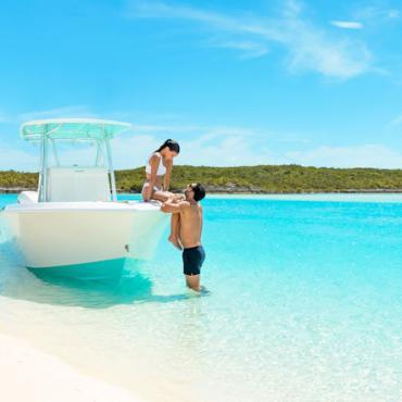 Boat couple Photo Courtesy of Bahamas Ministry of Tourism