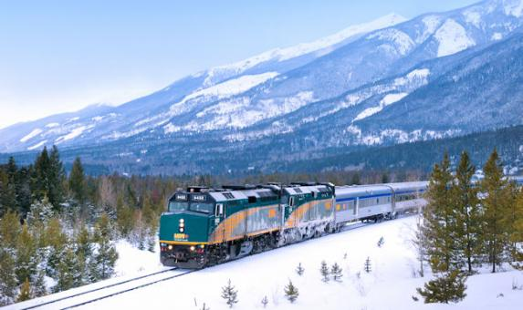 VIA Rail_Train_in snowTeteJaune Photo Courtesy of ViaRail