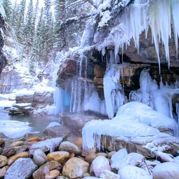 Jasper Maligne Canyon Snow Photo Credit Canadian Tourism Commission