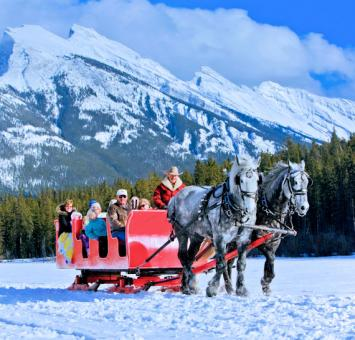 Horse_Sleigh_Ride_Banff_Photo Credit  Banff and Lake Louise Tourism  Paul Zizka Photography.