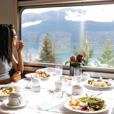 RS396_VIA_Travellers_Long_Haul_Canadian