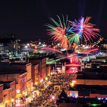BNA NYE Fireworks aerial