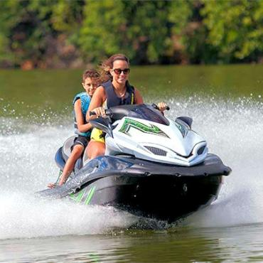 MO Lake of the Ozarks watersports