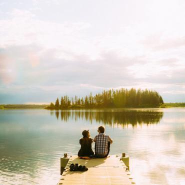 CAN Edmonton lake dock couple