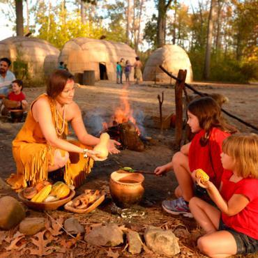 Jamestown Settlement-Powhatan-Indian-village-cooking-CREDIT Jamestown-Yorktown Foundation