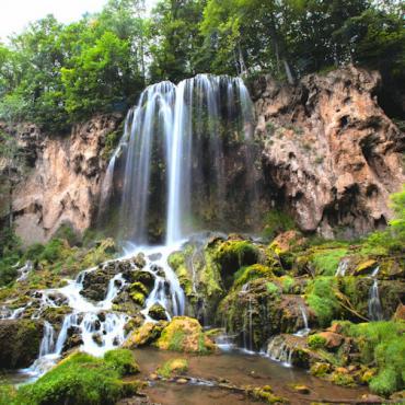 Shenandoah National Park-Waterfalls-Virginia-CREDIT Virginia Tourism Corporation (3)