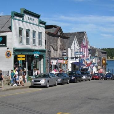 Bar Harbor street view