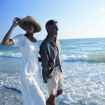 Tampa beach couple