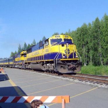 Midnight sun express train