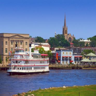 HIstoric riverwalk Wilmington NC