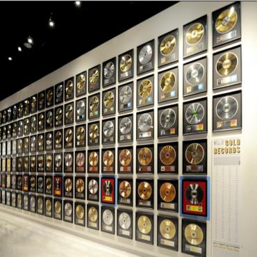 Country Music Hall of Fame Disc wall