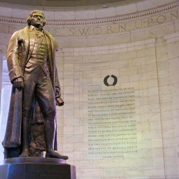Jefferson statue at memorial