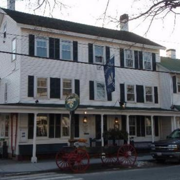 Griswold Inn ext