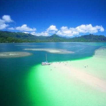 Hawaii, Oahu lagoon view
