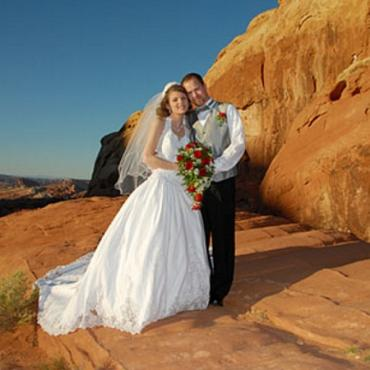 LAS valley-of-fire-weddings[1]