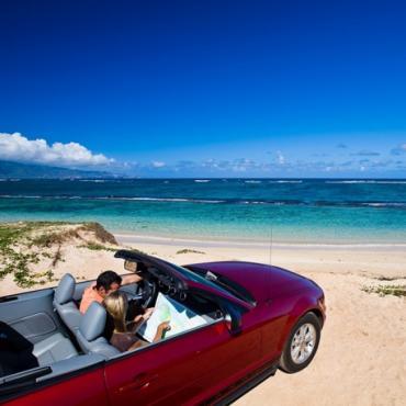 HI Car at beach
