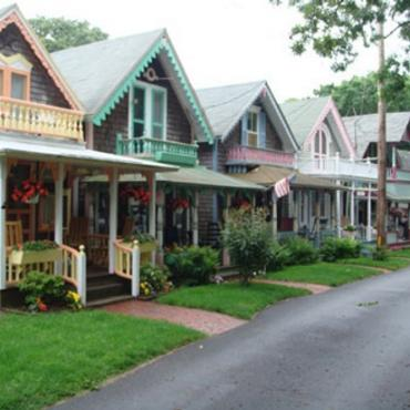 MA Martha's Vineyard cottages