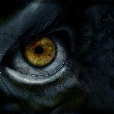 Scary-eye[1]