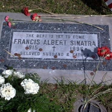 Frank Sinatra grave stone